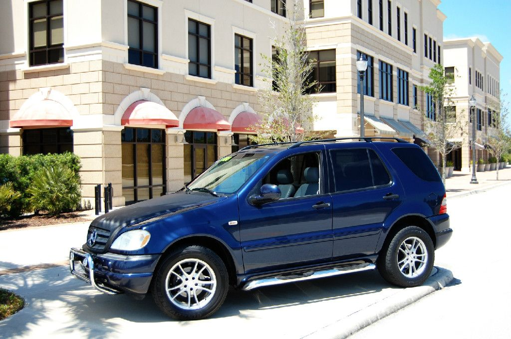 2000 mercedes ml 320 all wheel drive 135000 miles misc. Black Bedroom Furniture Sets. Home Design Ideas