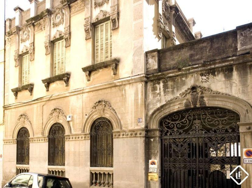 palacio modernista en venta