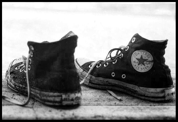 best website ca7f9 4fbef Converse All Star Love Wallpaper Take a walk in my shoes-the