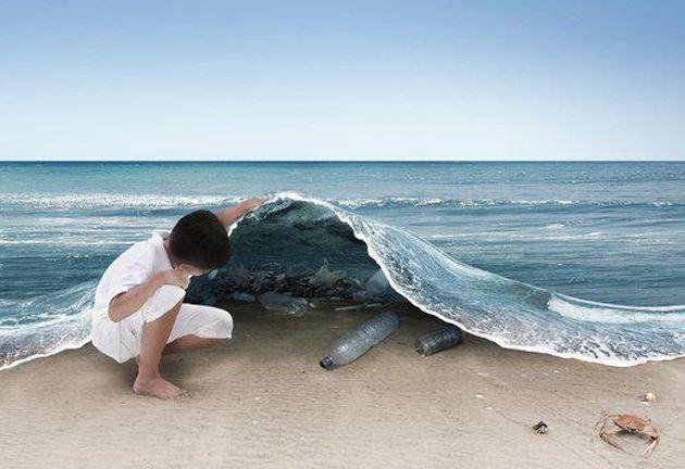 Saiba quais as soluções para você fazer sua parte ajudando a diminuir os plásticos nos oceanos. http://marsemfim.com.br/e-preciso-logo-acabar-com-producao-de-lixo-plastico/#solucao