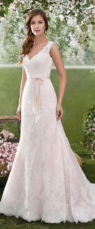 Elegant tulle u lace vneck sheath wedding dresses with lace