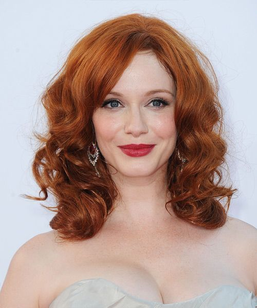 Christina Hendricks Medium Wavy Ginger Hairstyle Celebrity Hairstyles Medium Hair Styles Hair Inspiration