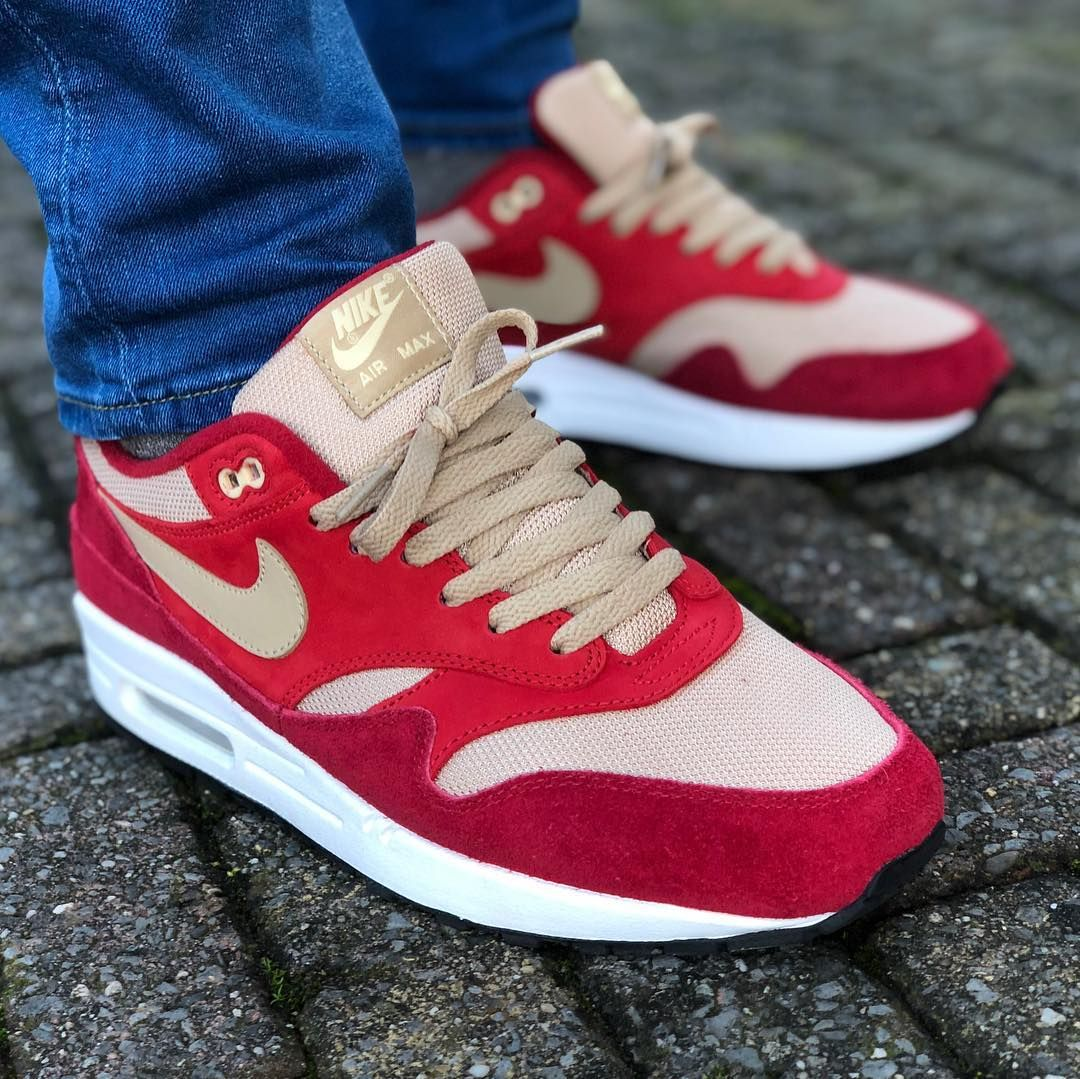 Review & On Feet: Nike Air Max 1 Premium SC Jewel