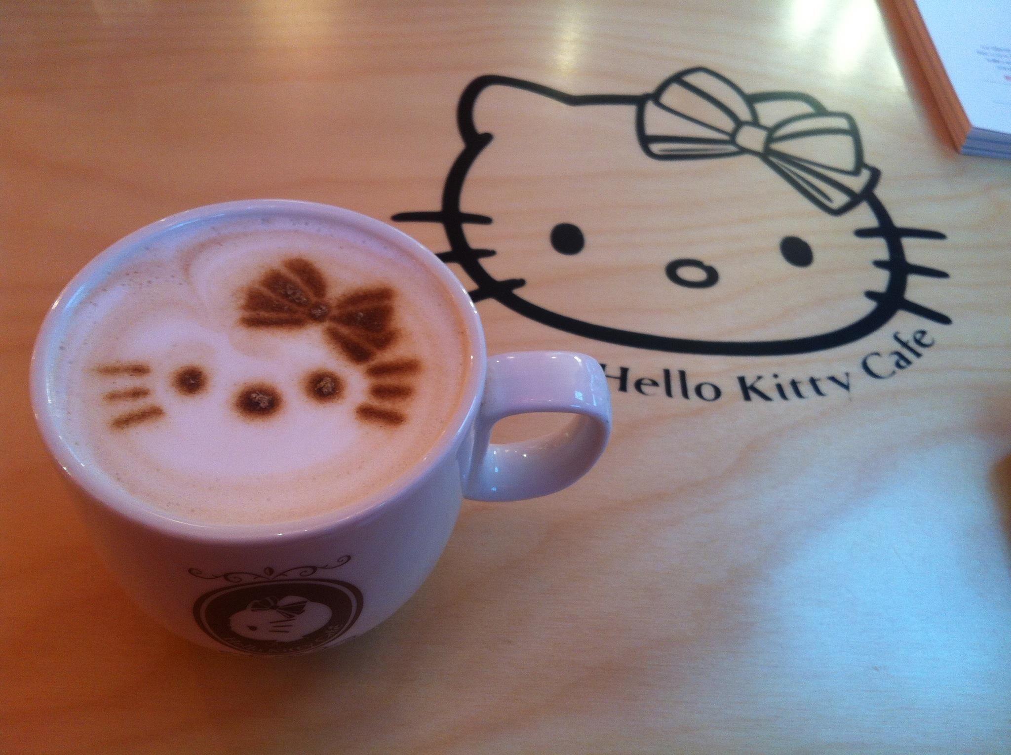 Cappuccino with hellokitty foam please cappuccino