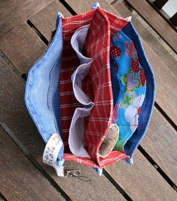 idea for a purse organizer | bolsos estuches etc | Pinterest