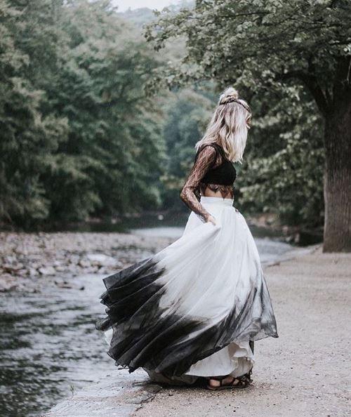 So Stylish Ist Heiraten Heute Dip Dye Brautkleider Sind