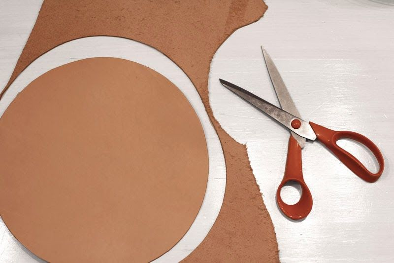 RAW design blog: DIY LEATHER MOUSE PAD