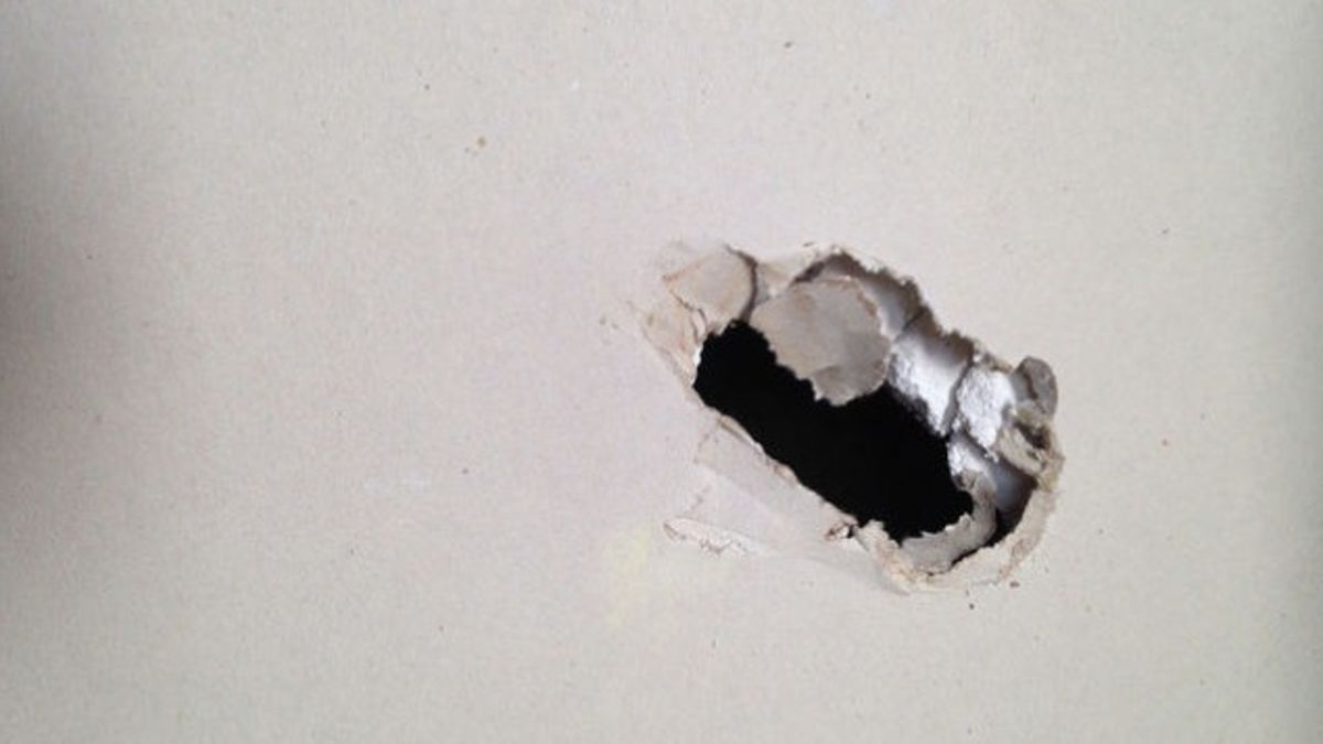 How To Patch A Hole In Drywall Repair Drywall Hole Patching Holes In Walls How To Patch Drywall