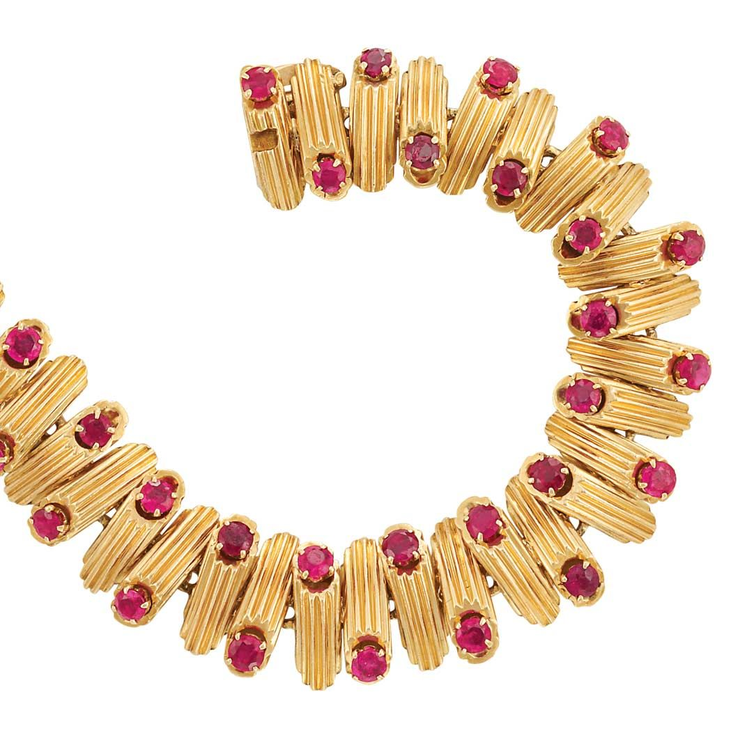Gold and ruby bracelet van cleef u arpels kt the continuous