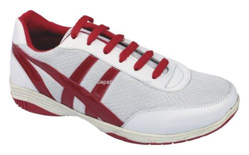Sepatu Sporty Rnw 010 Adalah Sepatu Yang Nyaman Dan Sporty Sol