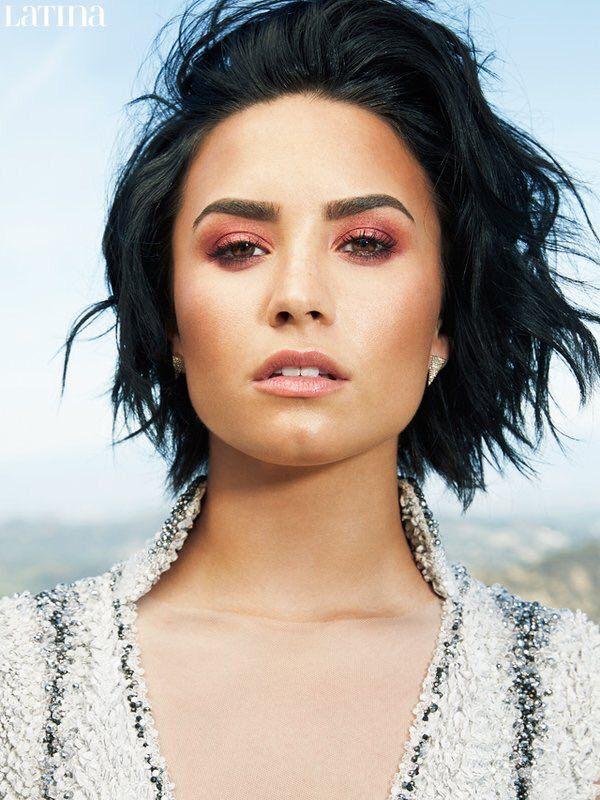 Demi Lovato for Latina Magazine   Demi lovato short hair ...