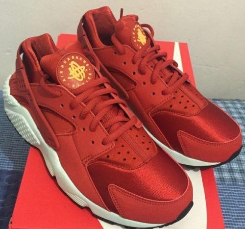 Nike Wmns Air Huarache Run Textile Bleached Lilac Nike Air Huarache Nike Free Shoes Nike Shoes Women