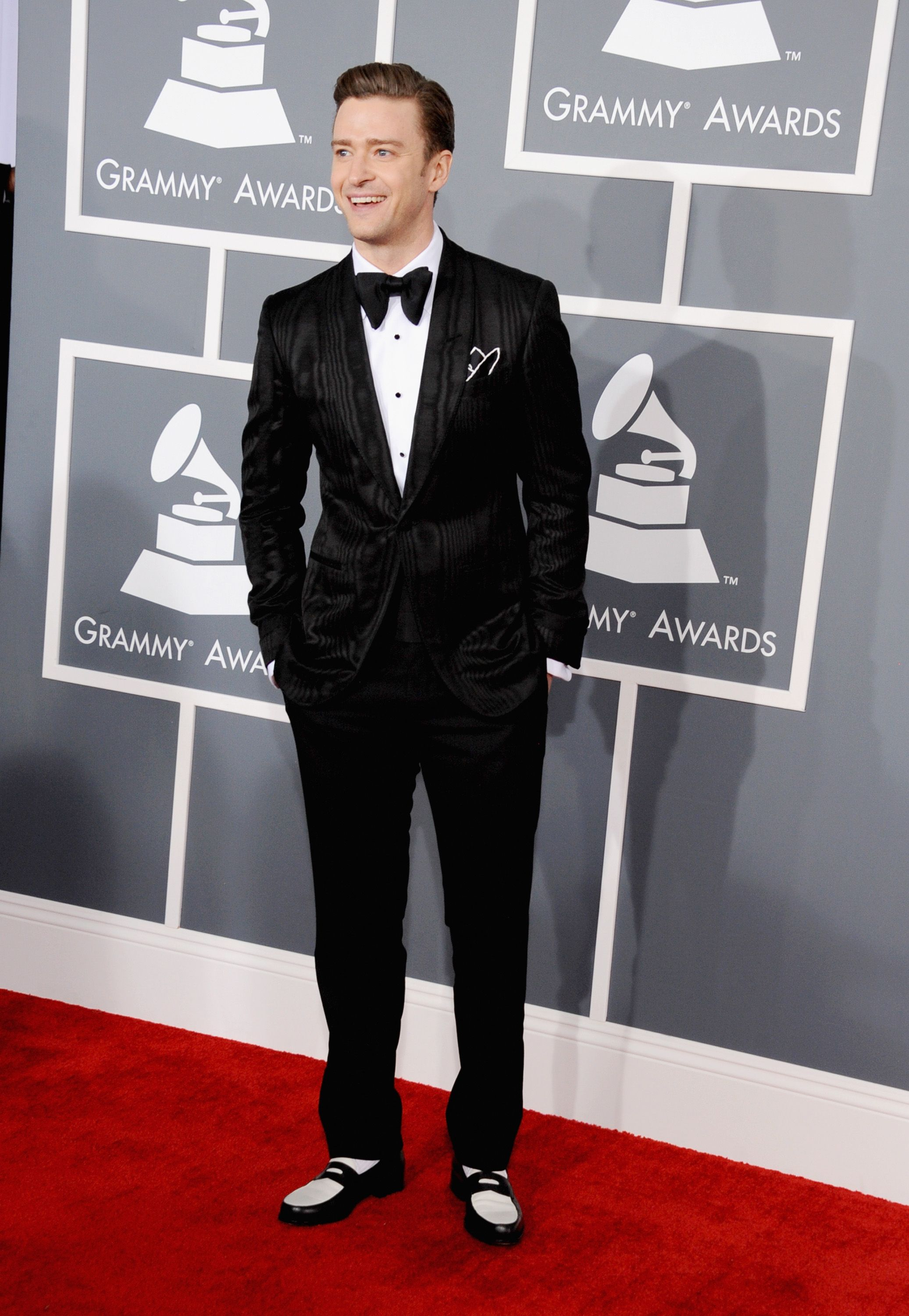 Justin Timberlake Brings His Suit and Tie to the Grammys ...