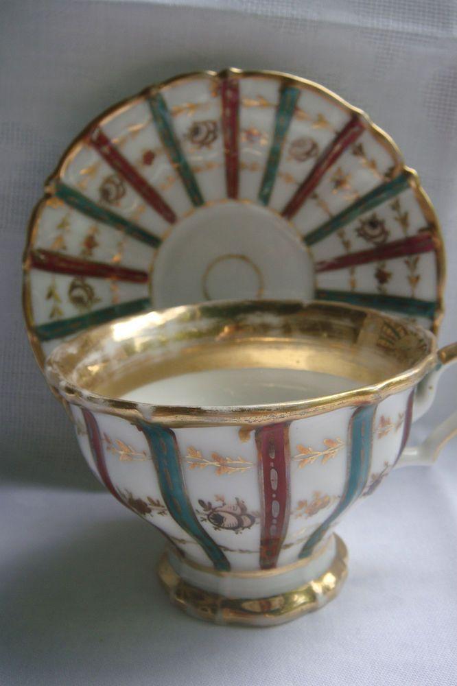 Biedermeiertasse Prunktasse Reiches Banddekor Vergoldung Handbemalt