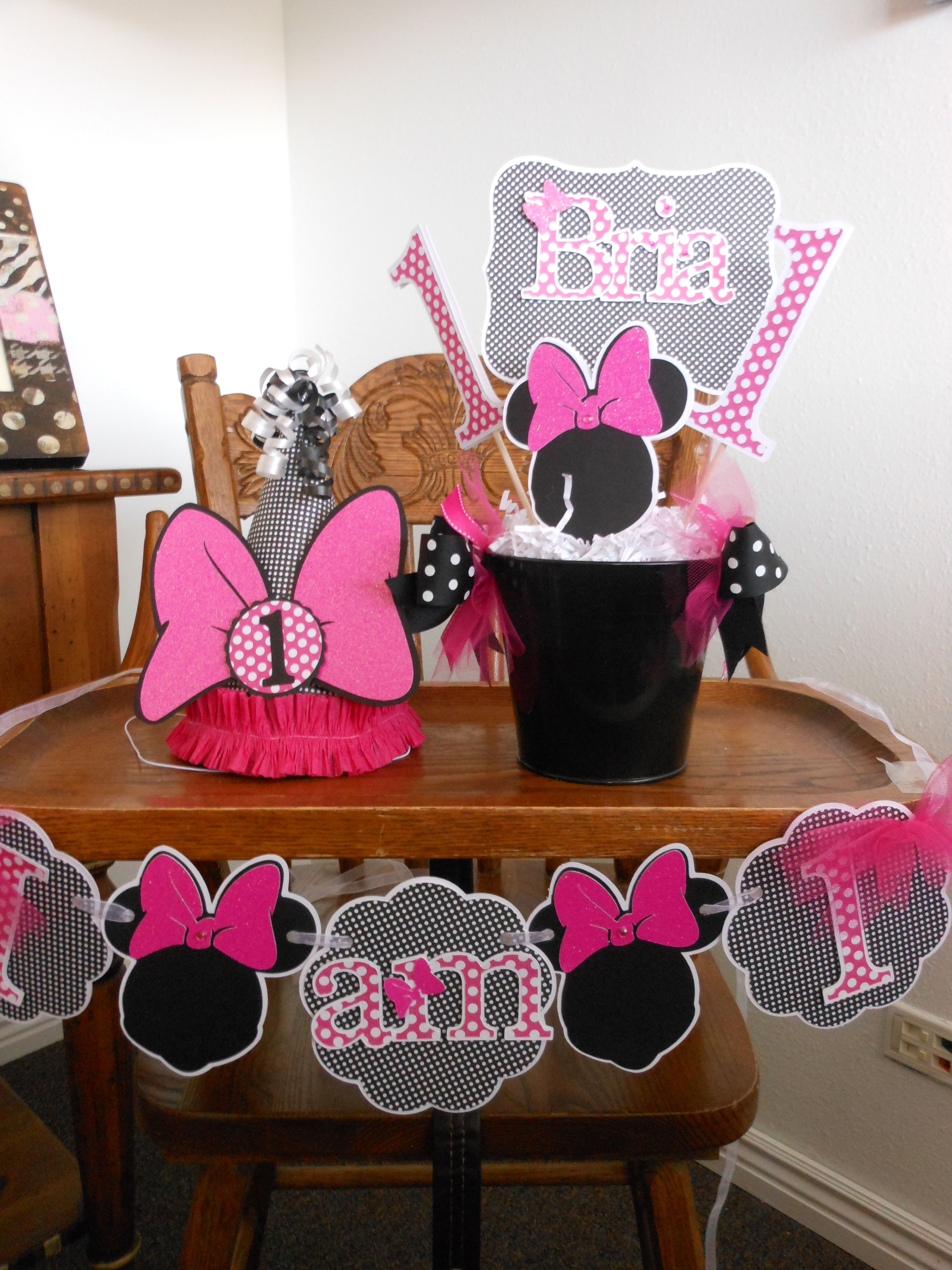 1st Birthday Minnie Mouse Decorations from A Sweet Celebration