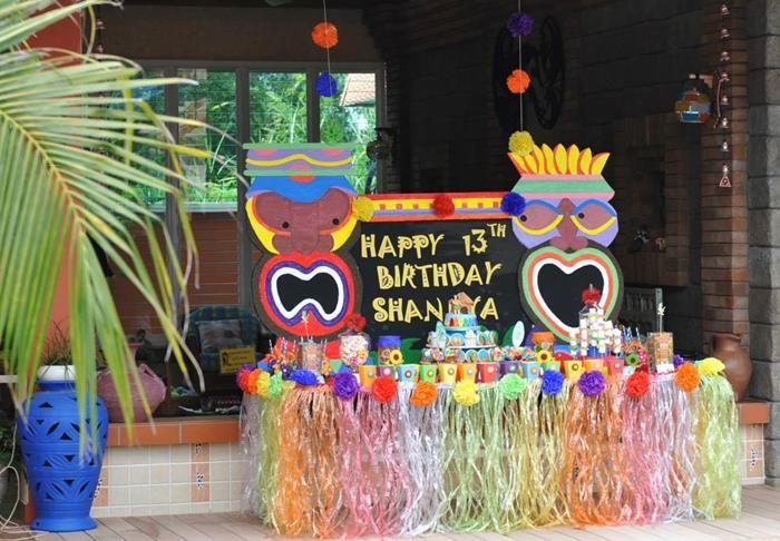 Hawaiian Themed Decorations Ideas Part - 42: Hawaiian Themed 13th Birthday Pool Party With Lots Of Really Cute Ideas Via  Karau0027s Party Ideas