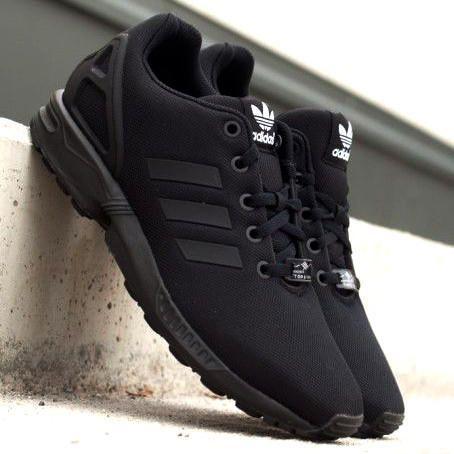 Super stylische adidas ZX Flux Schuhe dreifach schwarz