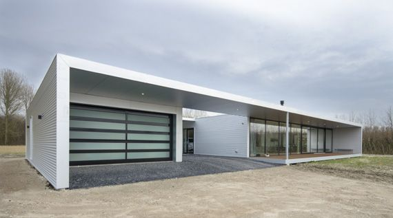 Bungalow bouwen met plat dak google zoeken house for Moderne semi bungalow bouwen
