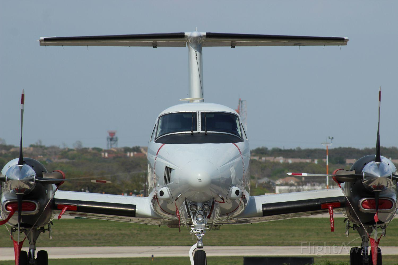 Photo of Beechcraft Super King (168207) FlightAware