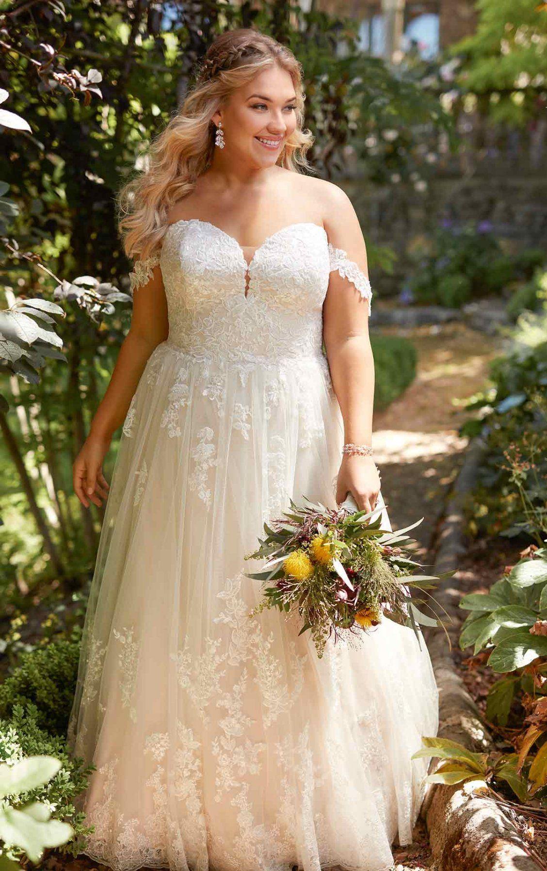 Mermaid wedding dress with rich beadwork in plus size wedding