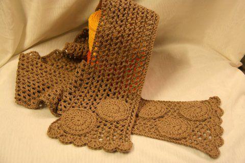 Like the scarf!