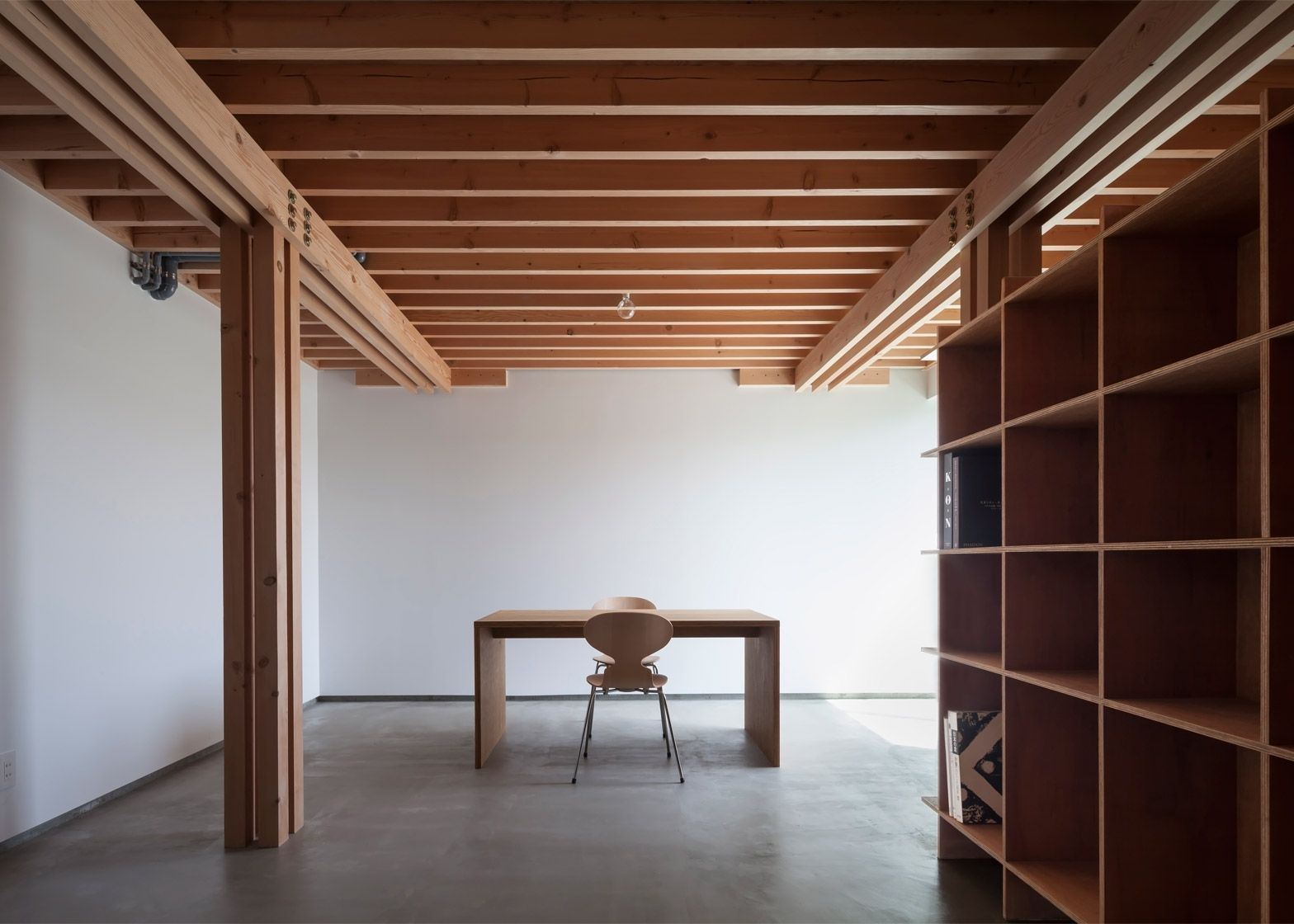 FT Architects\' 4 Columns house features a timber frame | ART ...