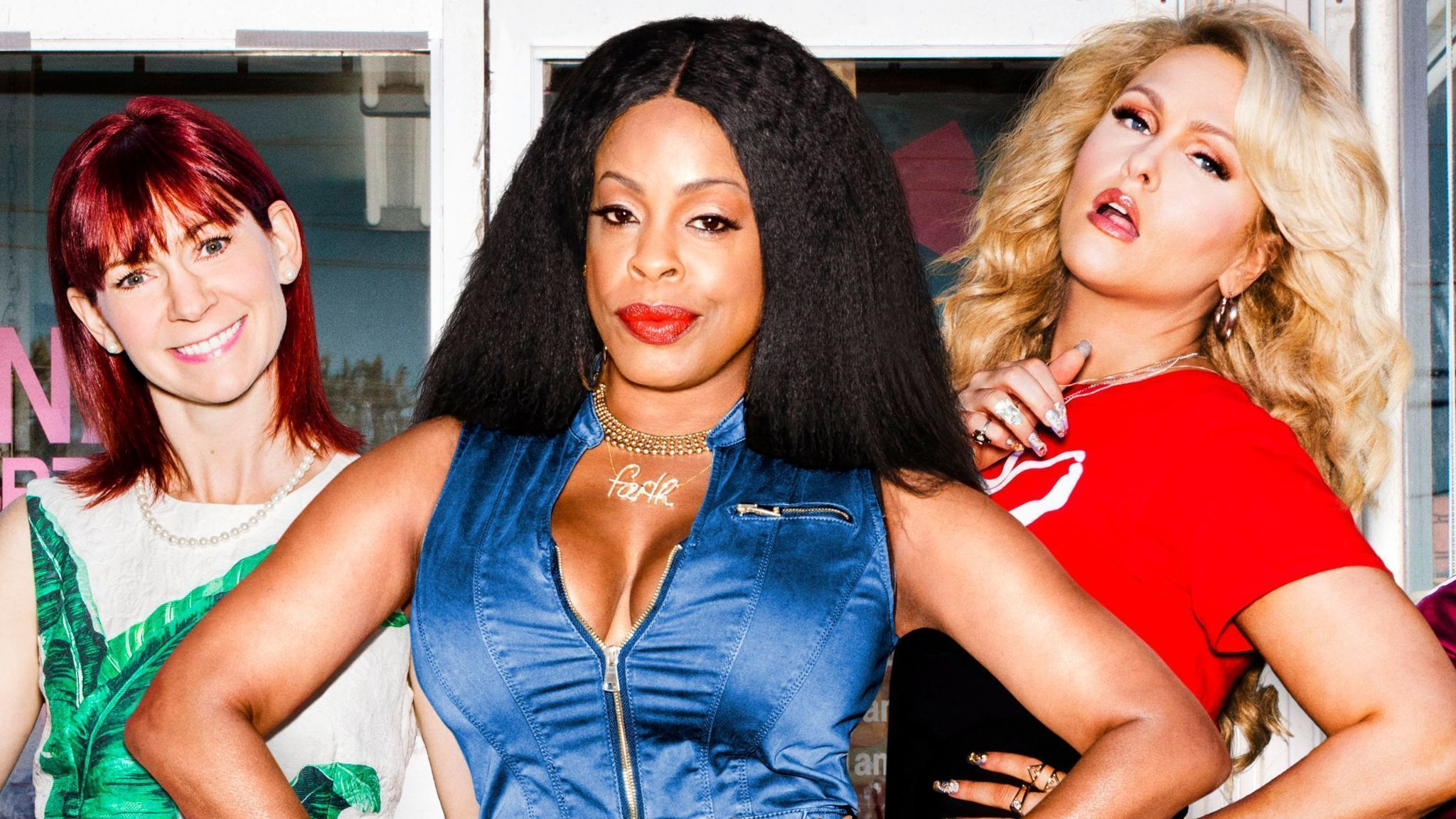 Niecy Nash Jenn Lyon Of Tnt S Claws Rock Nails And A