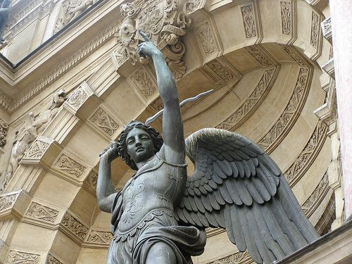 Archangel Michael, powerful saint to protect us from the evil of the world... Saint Michael the Arch angel pray for us and protect us...amen!