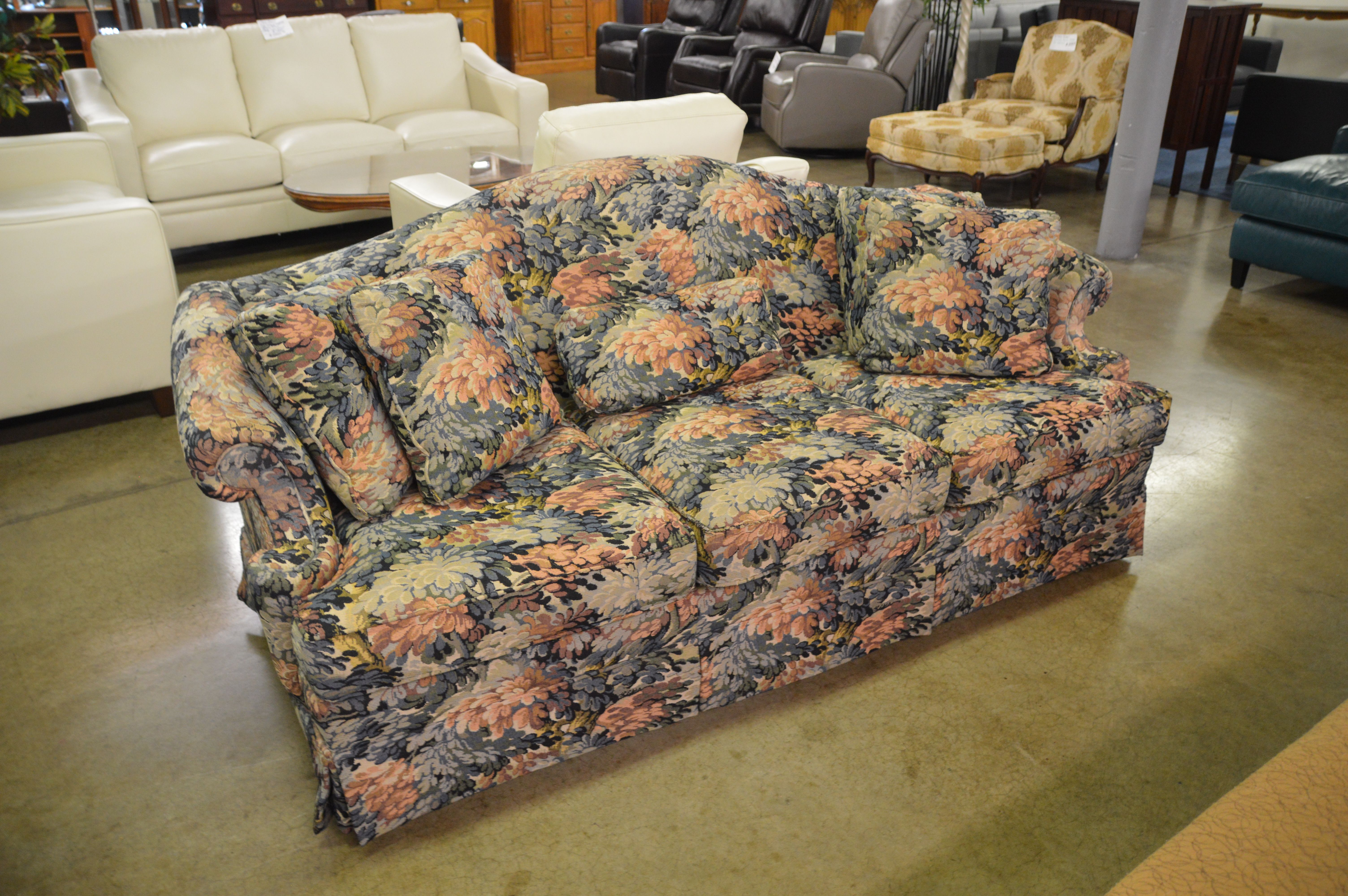 Thomasville Sofa W Leaf Pattern Very