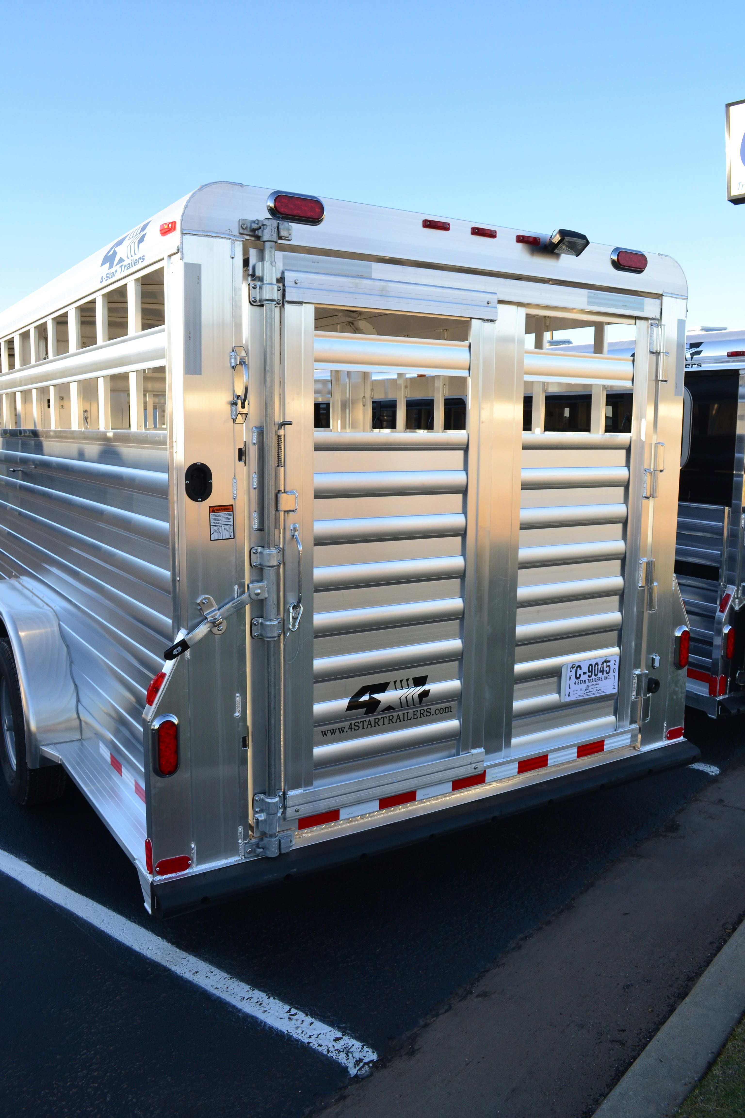 2016 4 star aluminum stock gooseneck trailer 24 long and 7 wide 2016 aluminum stock gooseneck trailer long and wide this rear gate is equipped with a half slider and a slam latch double led tail lights for more sciox Images