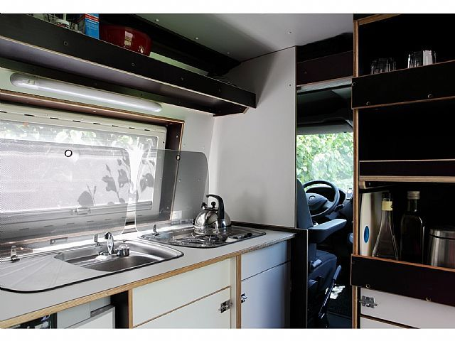 opel movano wohnwagen mobile kastenwagen in essen. Black Bedroom Furniture Sets. Home Design Ideas