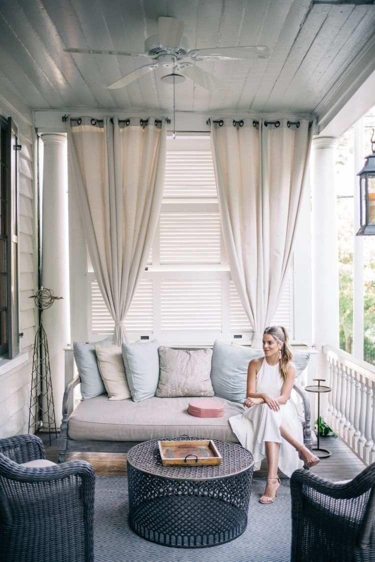 Rideau Veranda Idees Esthetiques Pour Agrementer Votre Exterieur Rideau Veranda Decoration Veranda Decoration Maison