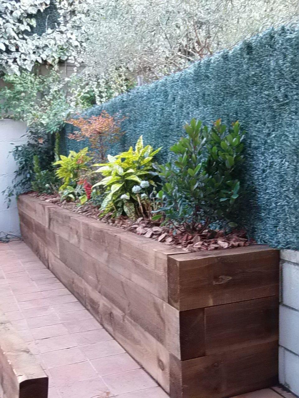 Jardinera traviesas buscar con google terraza - Jardineras para jardin ...