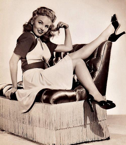 Janet Blair 1940s Fashion City Girl Style Vintage Pinup