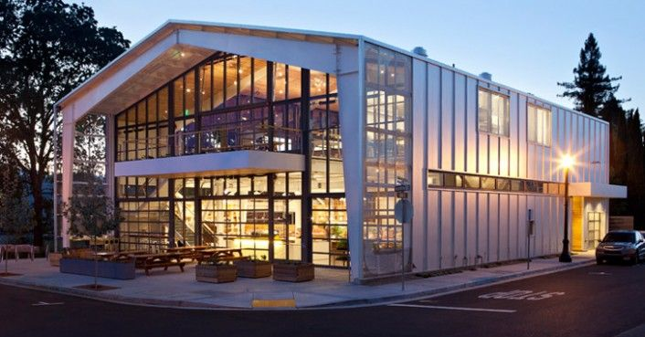 Jensen architects 39 green shed takes modern grange ideals for Modern metal building