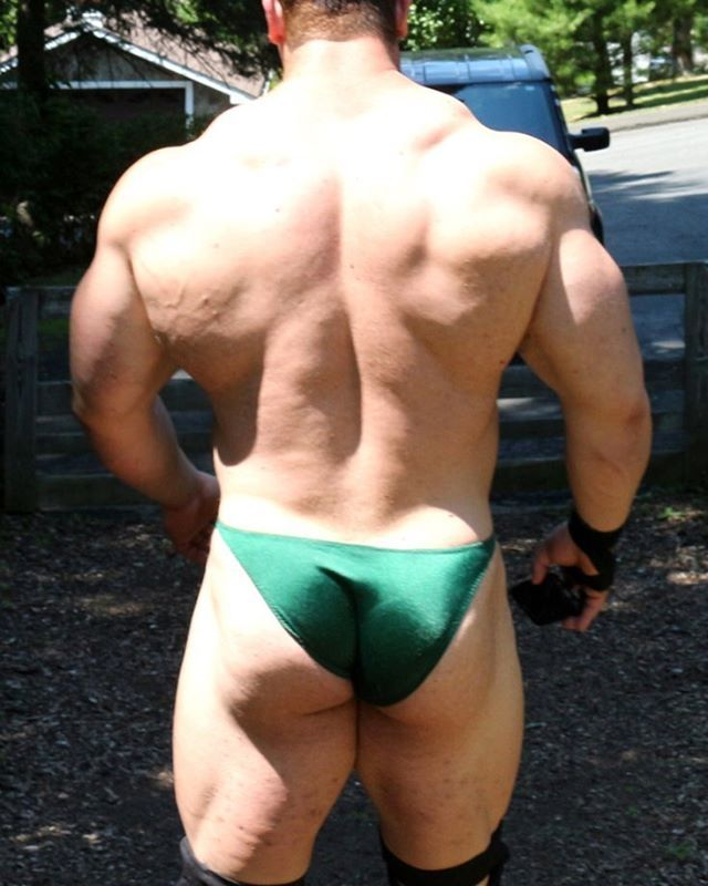 Oigan Muscle Gay