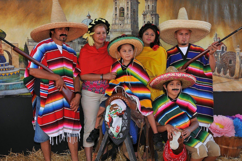 Resultado de imagen de mexican people | Mejores Colegios ...