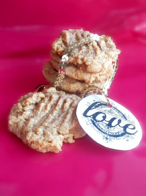 Lick The Spoon: Super Easy Peanut Butter Biscuits