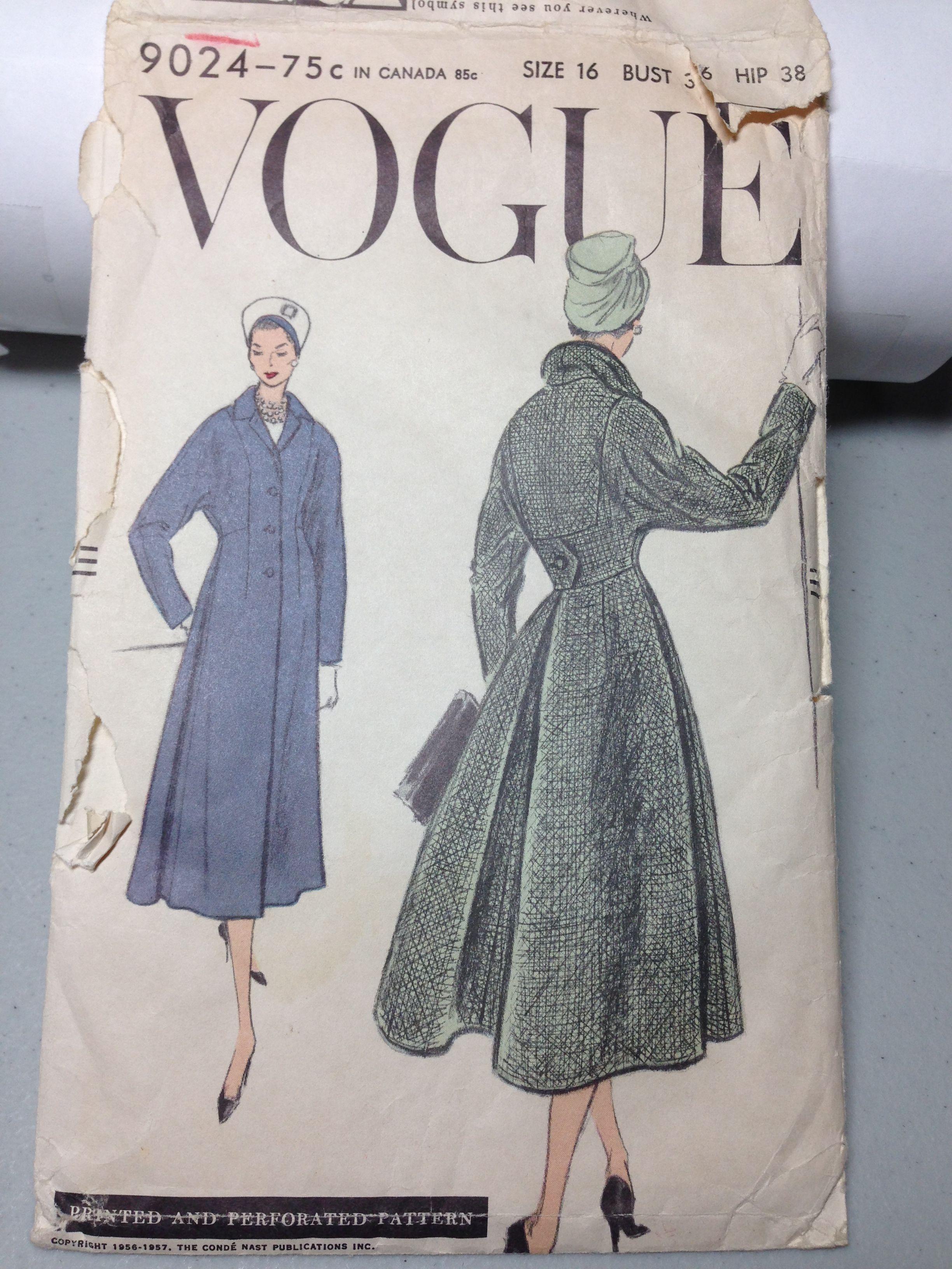 Vogue 9024 Rare Coat Nice details!