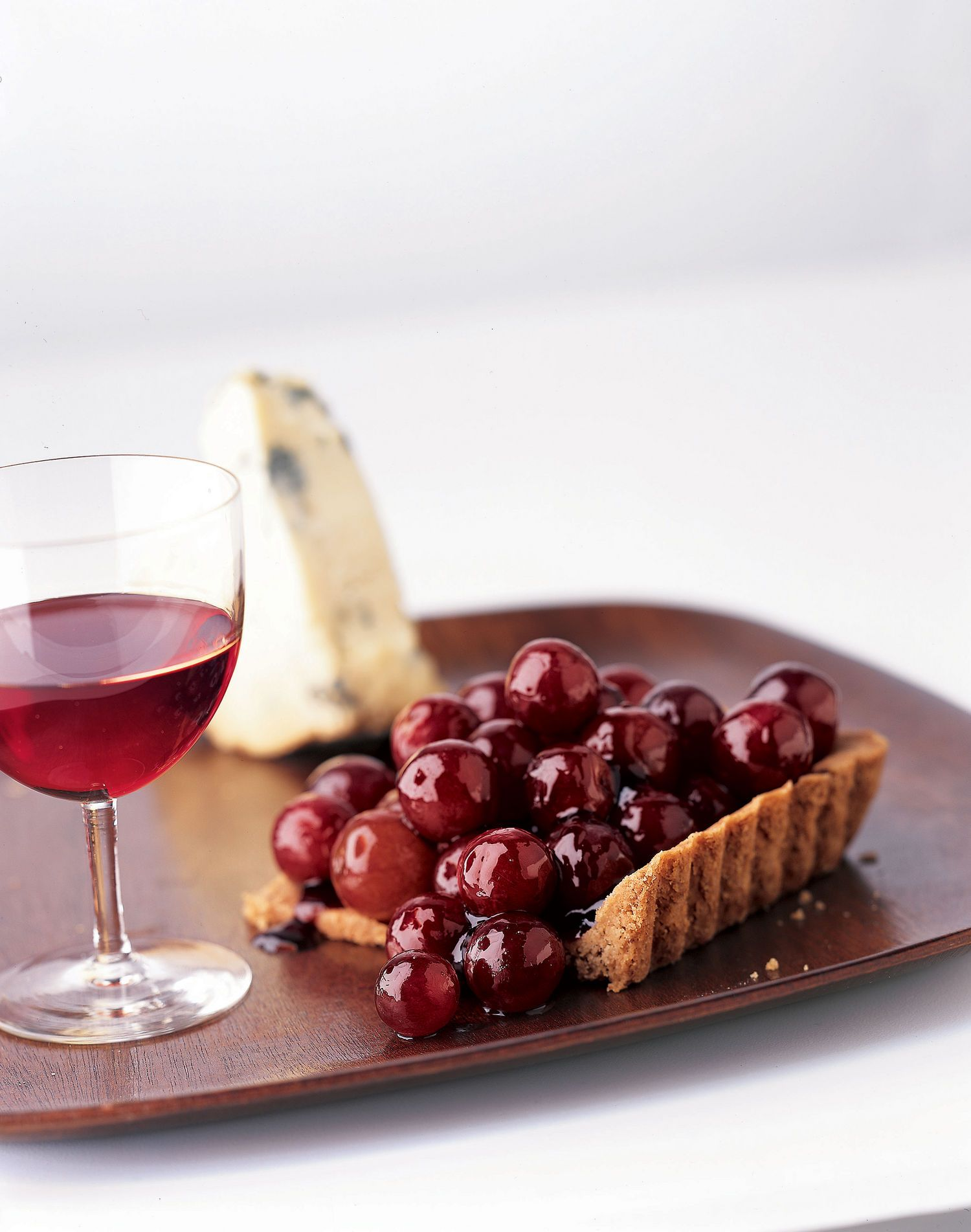 The Best Wines To Pair With Every Thanksgiving Dinner Dish Food Pecan Crust Recipe Wine Recipes