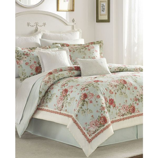 Vivienne Comforter Set (265 AUD) ❤ liked on Polyvore featuring home, bed & bath, bedding, comforters, rose comforter, hunter green comforter set, dark green comforter, rose comforter set and hunter green bedding