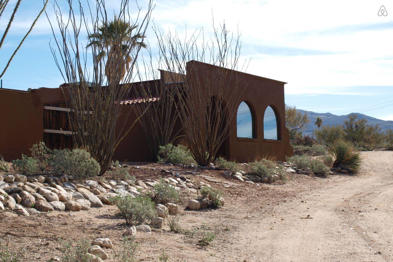 Tucson, AZ Hacienda Two Bird Ranch vacation rental in