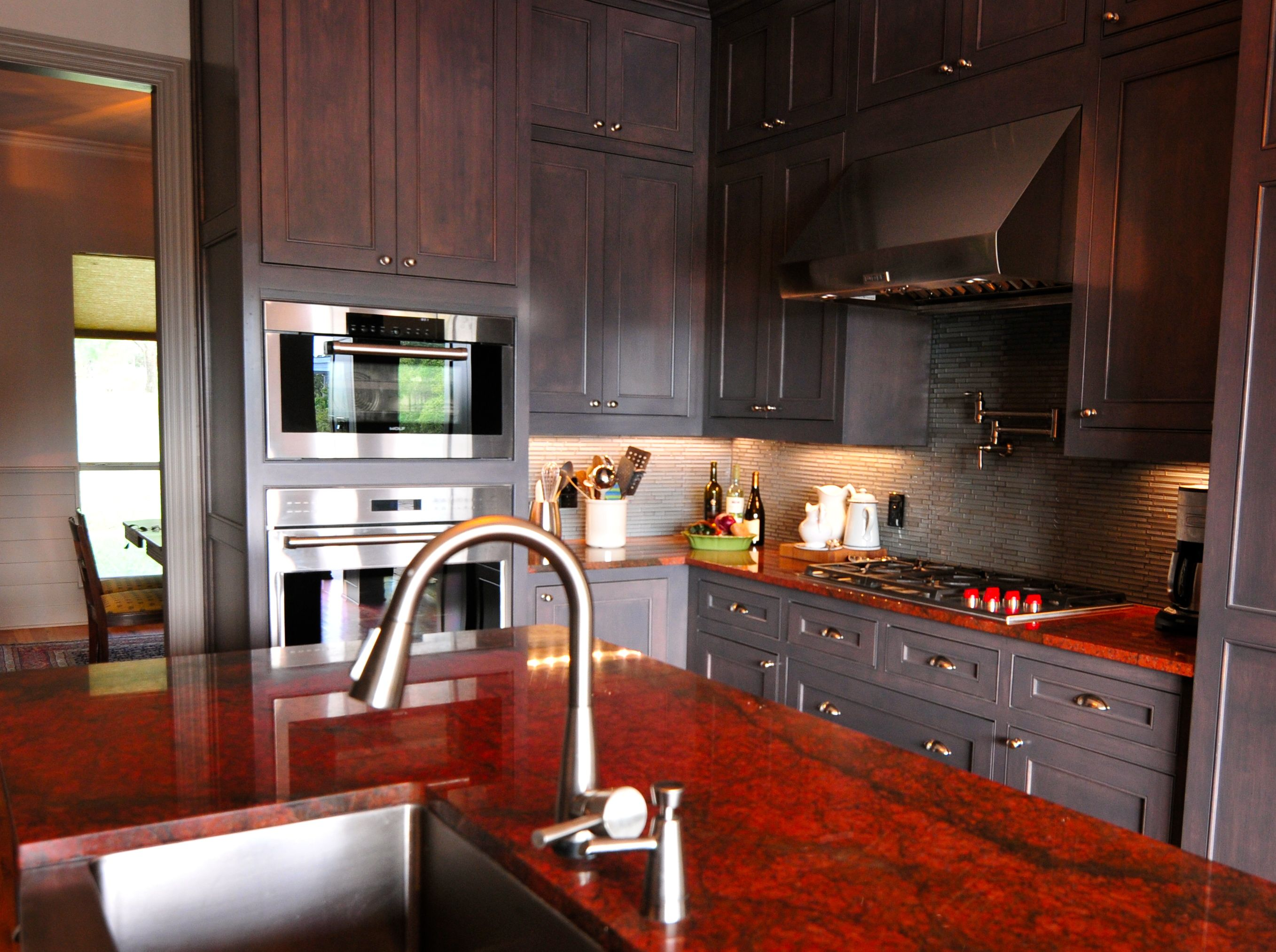 Red Dragon Granite And Grey Cabinets With Images Red Granite Countertops Quartz Kitchen Countertops Kitchen