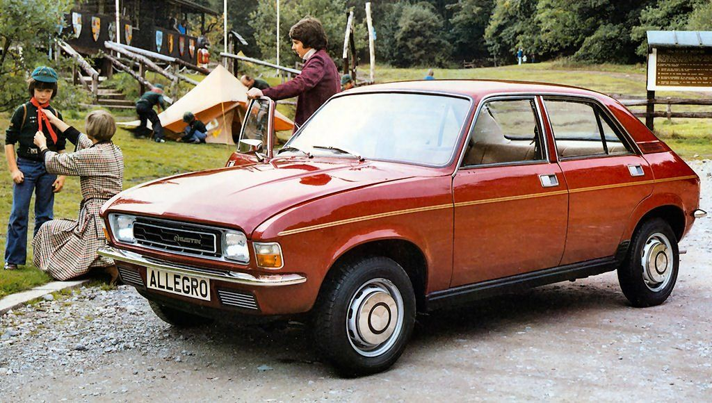 Sort Of An Anti Classic Austin Allegro Complete With Square Steering Wheel Austin Cars Cars Uk Retro Cars