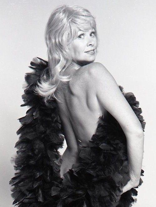 Sue Ann Langdon Naked