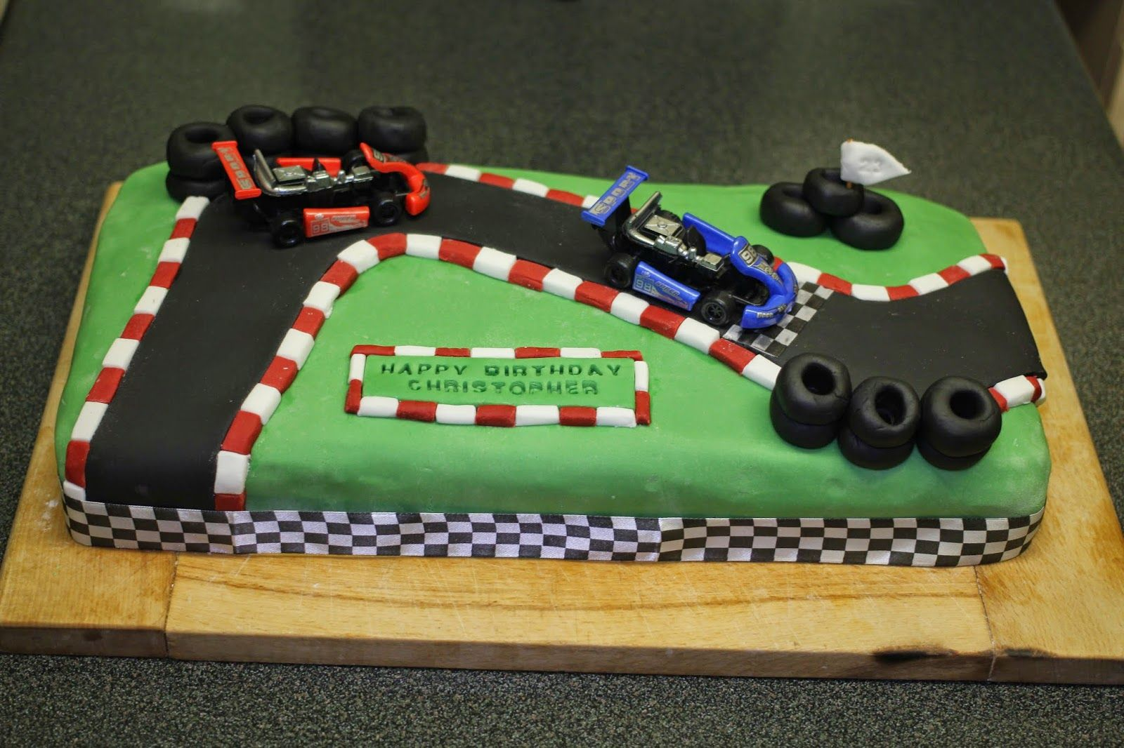 Go Karting Birthday Cake With Images Dad Birthday Cakes Cars