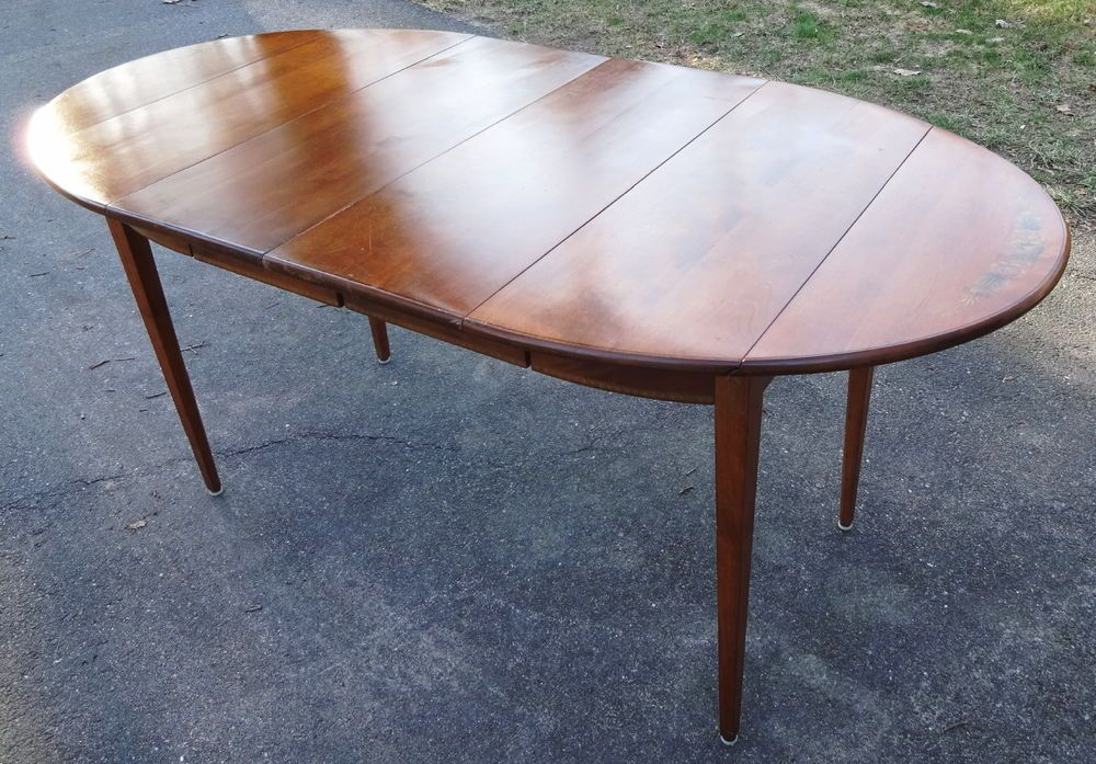 solid maple hitchcock stenciled oval dining table w/drop leaves