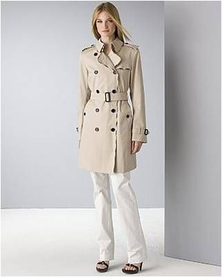 classic trench, Burberry.