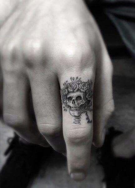 Épinglé par p sur tatouages | pinterest | tatouage, tatouage doigt