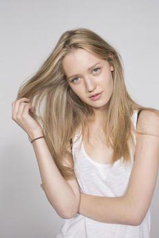 Germany S Next Topmodel Bilder Next Topmodel Pflegeprodukte Und Frisuren Langhaar